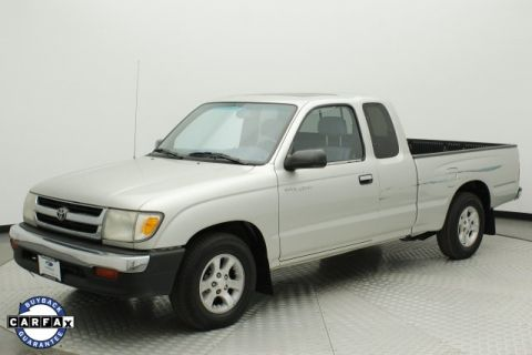 Pre-Owned 2000 Toyota Tacoma Base RWD