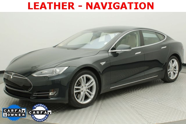 Pre Owned Tesla >> Pre Owned 2013 Tesla Model S Base Rwd 4d Sedan